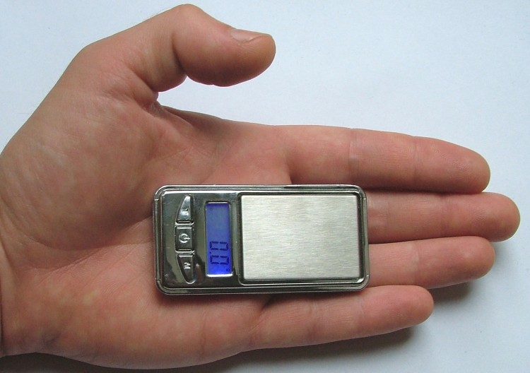 50 PCS Mini pocket scale-DALMAN miniscule 50 PCSMini pocket scale 7X3.5cm (DALMAN) 300g/0.1g